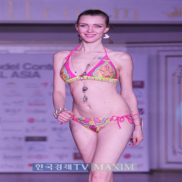 [포토]`아시아뉴스타모델 중앙아시아` 아시아나상 수상한 카자흐 모델, 한뼘짜리 비키니 수영복