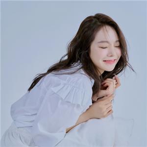 긴장,배우,데뷔,봄밤,언급,촬영,화보