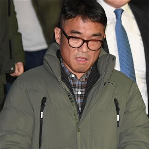 김건모,성폭행,주장,혐의