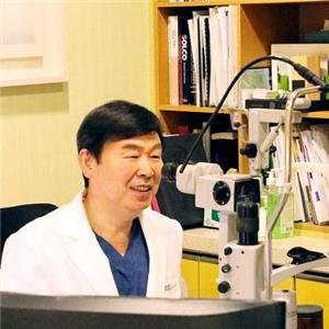 라식,라섹수술,시력교정술,수술