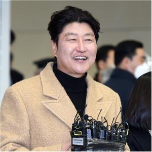 감독,1승,신연식,송강호