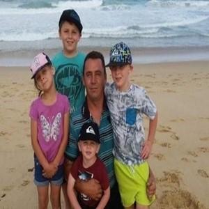 호주,비용,당국,아버지,가족,마크,4남매