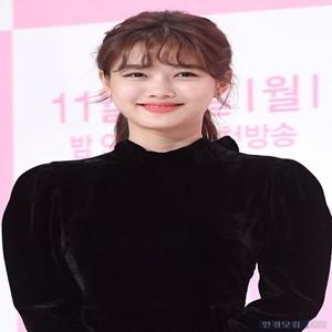 김유정,전속계약