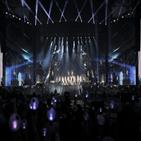멤버,로즈볼,무대,방탄소년단,순간,오늘,6만,스타디움,투어,아미