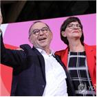 대연정,사민당,대표,발터,선거,연합,결선투표,에스켄