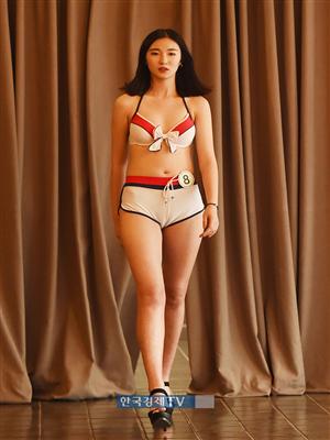 [포토]중국 모델 Yin Yan Ting, 비키니 입고 당당한 워킹
