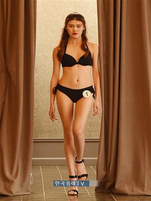 [포토]중국 모델 Sun Jia Ni, 비키니 입고 당당한 워킹