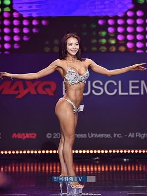 [포토]머슬마니아 비키니 미디움 4위 홍다현, 빛나는 꿀벅지