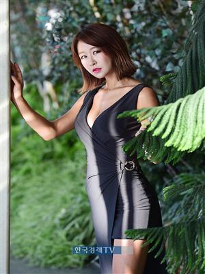 [포토]레이싱모델 서윤아, 이기적 각선미