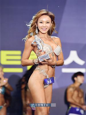 [포토]이종은 `맥스큐 모델 어워즈, 스포츠모델 2위 수상했어요`