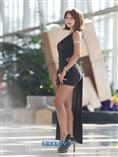 [포토]레이싱모델 서윤아, 빛나는 꿀벅지