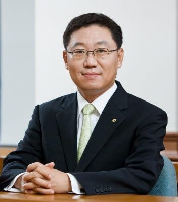 """나재철 대신증권 대표 """"선제적 자율규제 나설 것""""…금투협회장 출마"""
