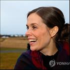 총리,연정,아이슬란드,좌파녹색운동,독립당