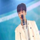 솔로,무대,2PM,공연,눈물,가수,일본