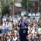 코소보,세르비아,대통령,나토,내전,클린턴,독립,개입,이날