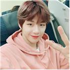 데뷔,솔로,디바인채널,활동