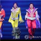 맘마미아,배우,공연,사랑,관객,무대