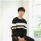 타짜,영화,박정민,타짜3,추석,배우,연기,감독,마돈나