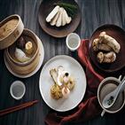 버섯,요리,자연송이,다양,메뉴,제공,선보,코스,구이,활용