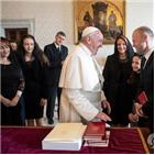 총리,교황,무스카트,사건,몰타,면담