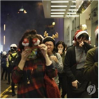 홍콩,시위대,시위,쇼핑몰,경찰,미사,자정,크리스마스,성당,거리