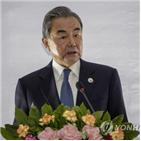 중국,외무상,국무위원,코로나19,일본,모테기,바이러스