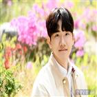안지호,연기,나이,가장,보희,김서형,영화