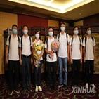 홍콩,코로나19,중국,검사,의료진,본토,정부