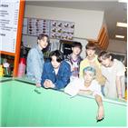 차트,다이너마이트,방탄소년단,앨범,싱글,발매,미국,영국,순위,오피셜