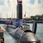 전력,스퍼,버지니아,임무,항모,핵잠수함,도입,잠수함