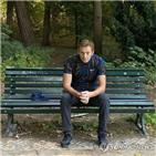 페스코프,나발,자신,중독,독일