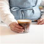 커피,소비자,메뉴,시그니처,충실