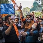 뭄바이,경찰,시청률,리퍼블릭