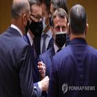 마크롱,대통령,총리,검사,판정,음성,결과