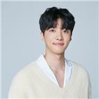 김서하,배우,엔터테인먼트,신인,립스틱,선배