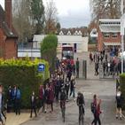 중등학교,코로나19,검사,학교,영국,런던,온라인