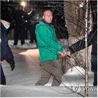 러시아,당국,나발,모스크바,체포,집행유예,요구,참여