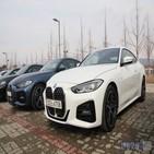 디자인,BMW,4시리즈,쿠페,3시리즈,그릴,420i,드라이브,운전자,시승