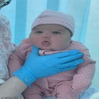 에밀리아,컴버랜드,출산,정도,배가,임신부