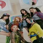 스테이씨,공개,걸그룹,차트,음원,활동,싱글