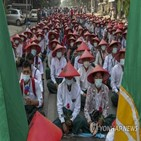 군부,교사,교육,미얀마,학교,정직,쿠데타,학생
