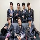 무대,킹덤,스테이,스트레이,키즈,생각,경연,기억,멤버,모습