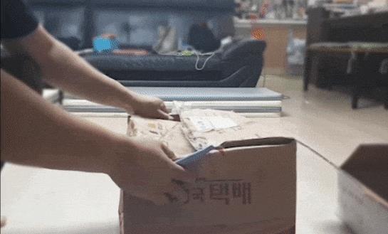쌀벌레 나온 급식꾸러미 (사진=A 유치원비상대책위원회)