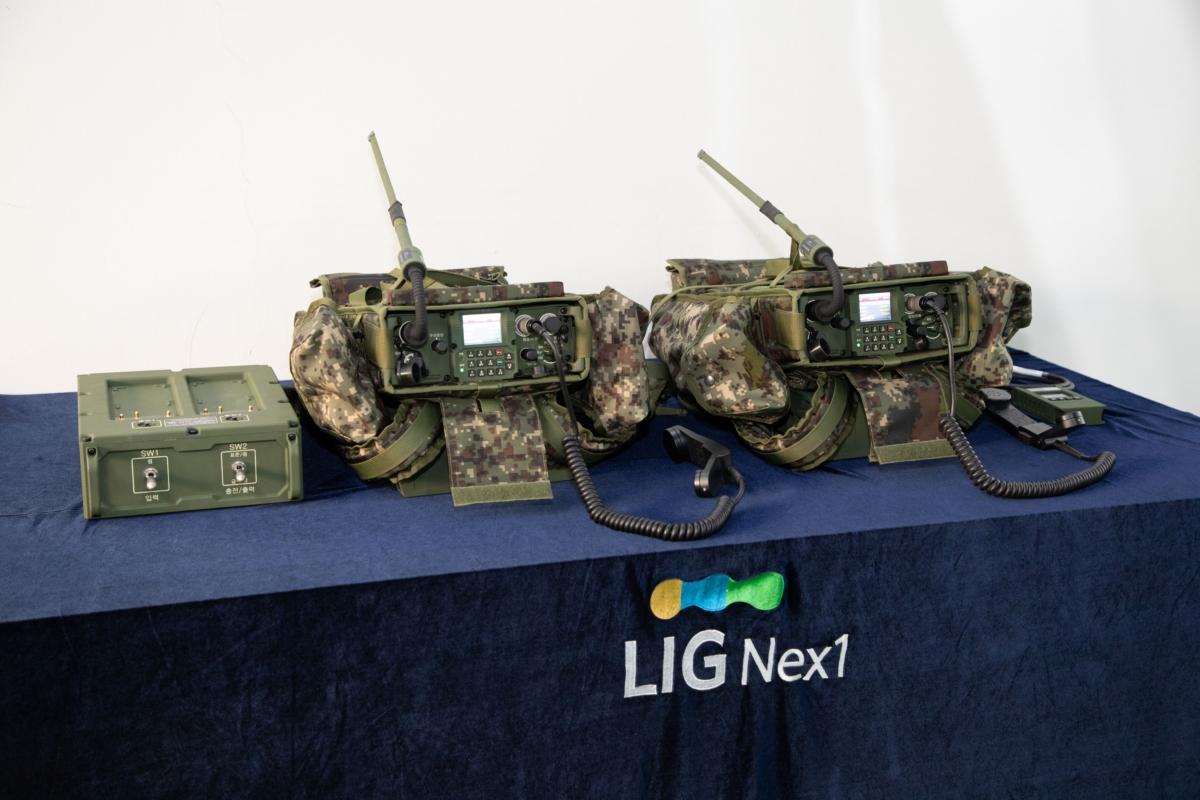 차세대 군용 무전기 TMMR(Tactical Multiband Multirole Radio)