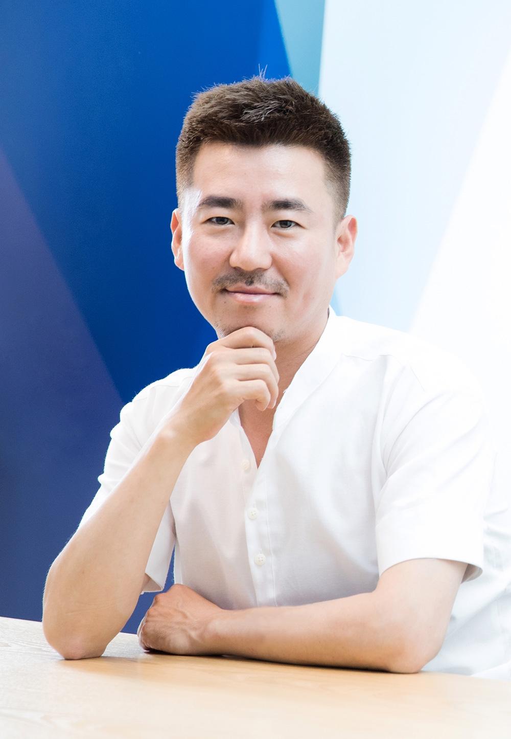 정욱 프렌즈게임즈 신임 대표