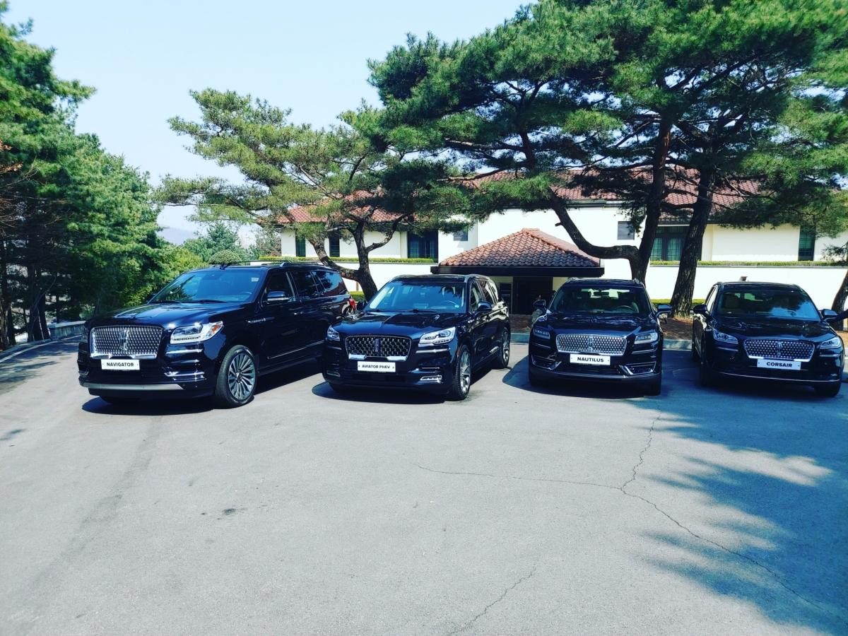 링컨 SUV 라인업 (왼쪽부터 네비게이터, 에비에이터, 노틸러스, 코세어)